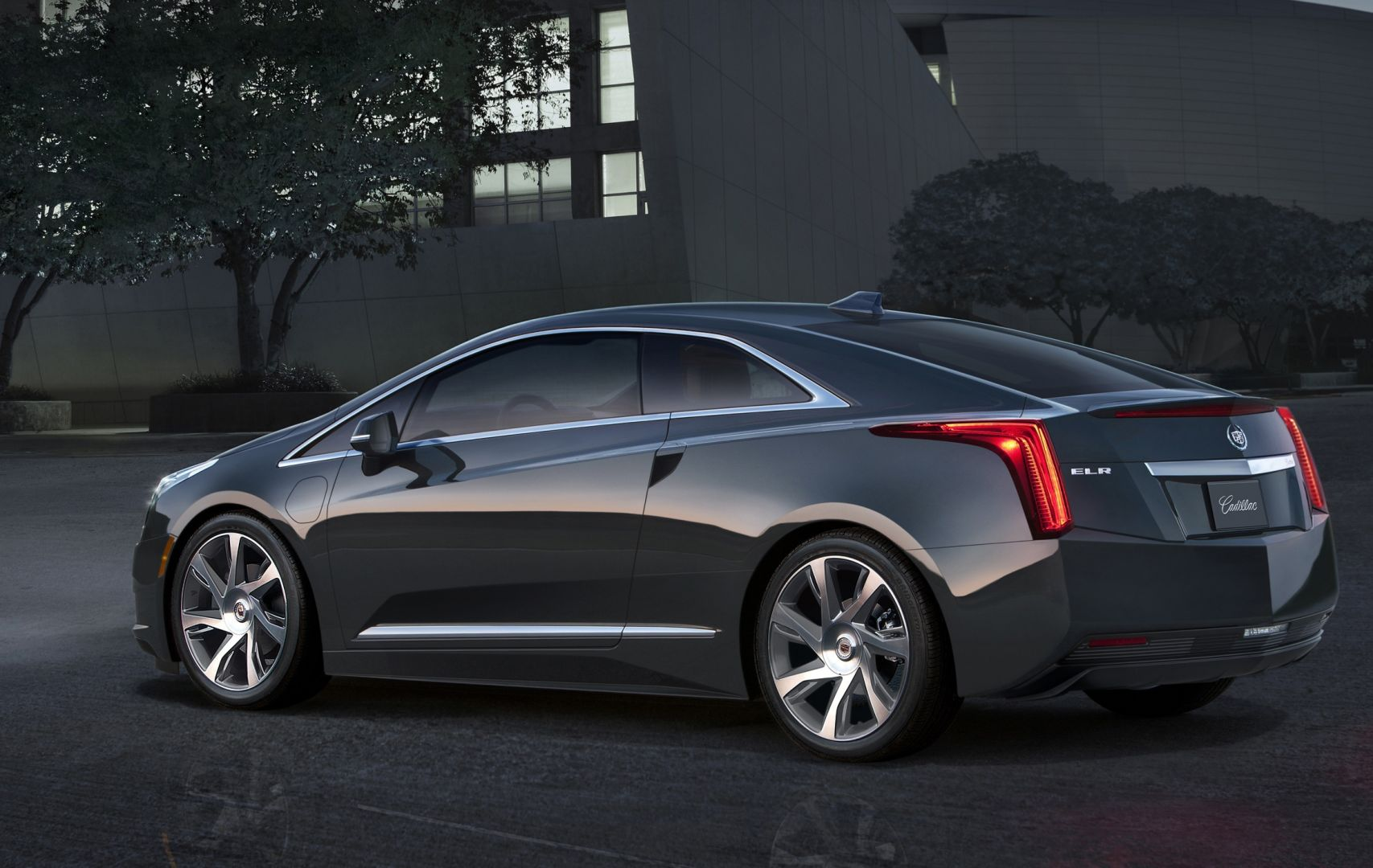 voiture lectrique am ricaine cadillac elr voiture neuve et d 39 occasion de luxe marseille. Black Bedroom Furniture Sets. Home Design Ideas