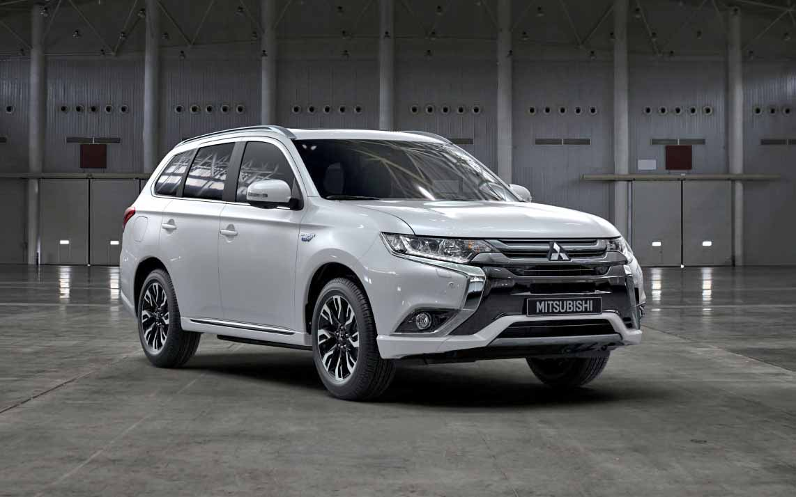 gros 4x4 hybride mitsubishi outlander phev voiture neuve et d 39 occasion de luxe marseille avon. Black Bedroom Furniture Sets. Home Design Ideas