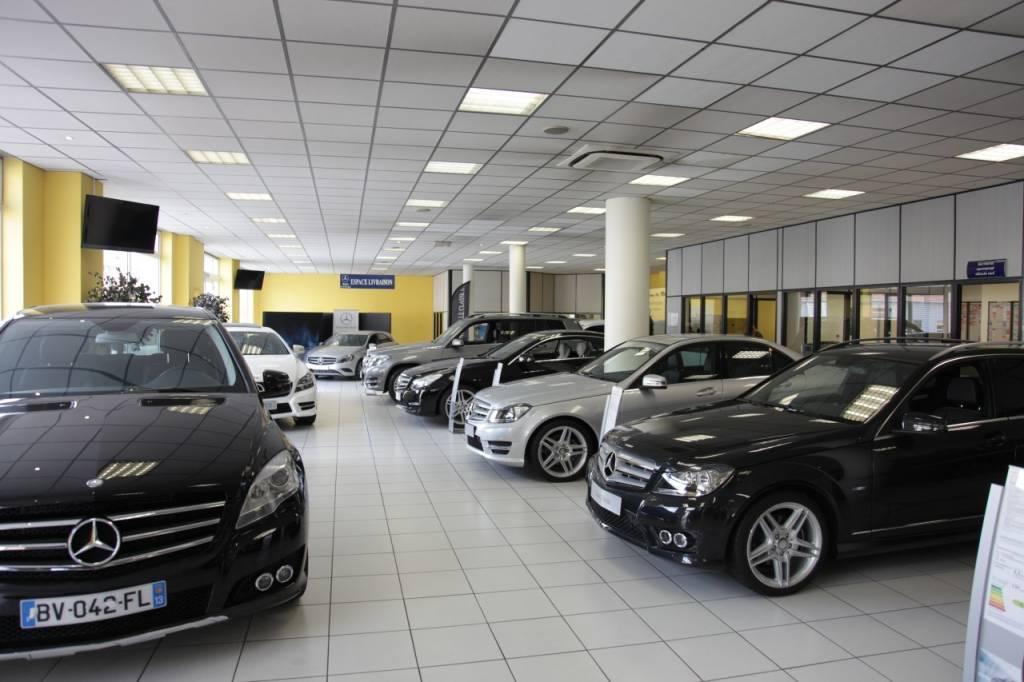 Distributeur mercedes benz aix en provence masa voiture neuve et d 39 occasion de luxe - Garage mercedes aix en provence ...
