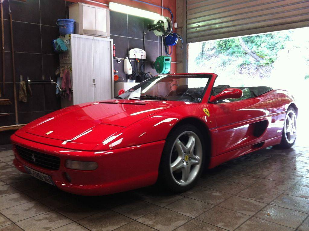 ferrari 355 spider d 39 occasion vendre sur marseille voiture neuve et d 39 occasion de luxe. Black Bedroom Furniture Sets. Home Design Ideas