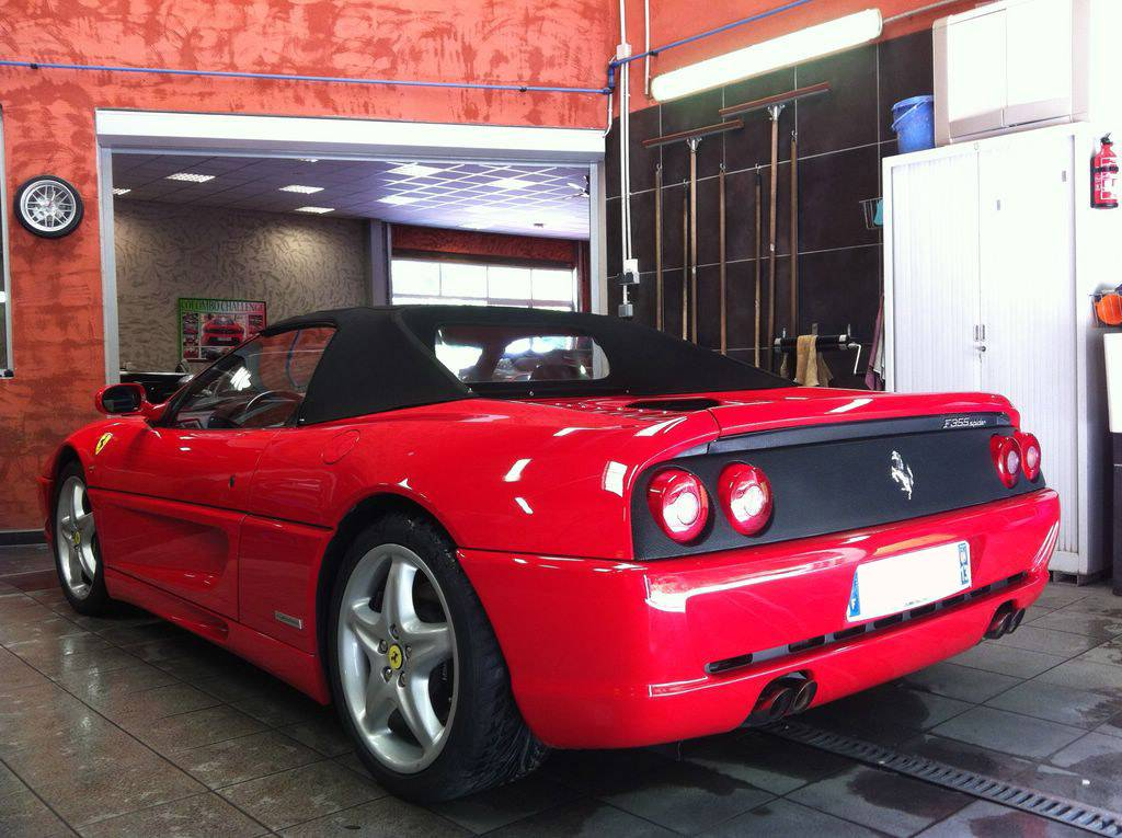 ferrari 355 spider d 39 occasion vendre sur marseille. Black Bedroom Furniture Sets. Home Design Ideas