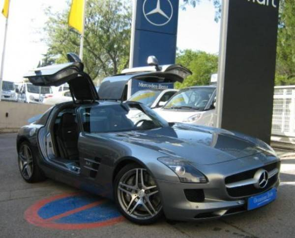 mercedes benz sls 63 amg d 39 occasion voiture neuve et d 39 occasion de luxe marseille avon. Black Bedroom Furniture Sets. Home Design Ideas