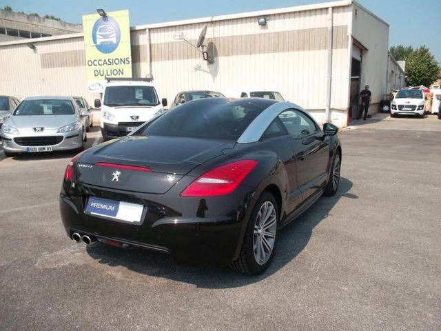 peugeot rcz d 39 occasion vendre dans le var 83 voiture neuve et d 39 occasion de luxe. Black Bedroom Furniture Sets. Home Design Ideas