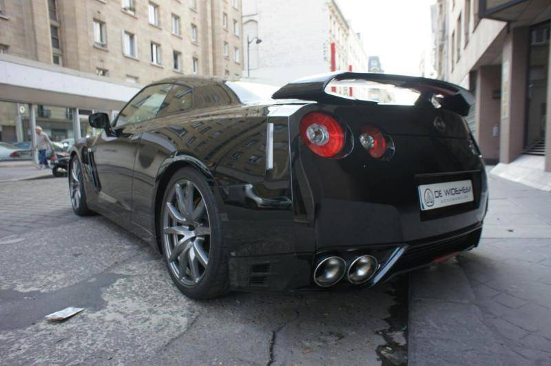nissan gtr prix occasion blog sur les voitures. Black Bedroom Furniture Sets. Home Design Ideas