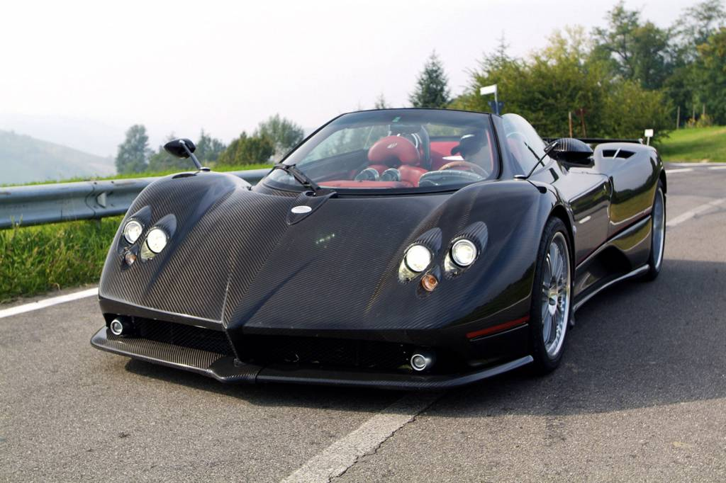 Voiture italienne d'exception Pagani - voiture neuve et d ...