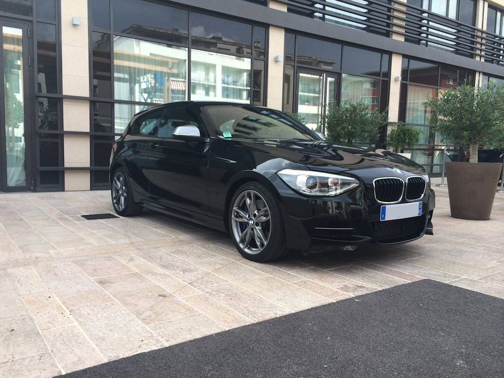 bmw serie 1 m135i f20 320cv sur aix en provence voiture neuve et d 39 occasion de luxe marseille. Black Bedroom Furniture Sets. Home Design Ideas