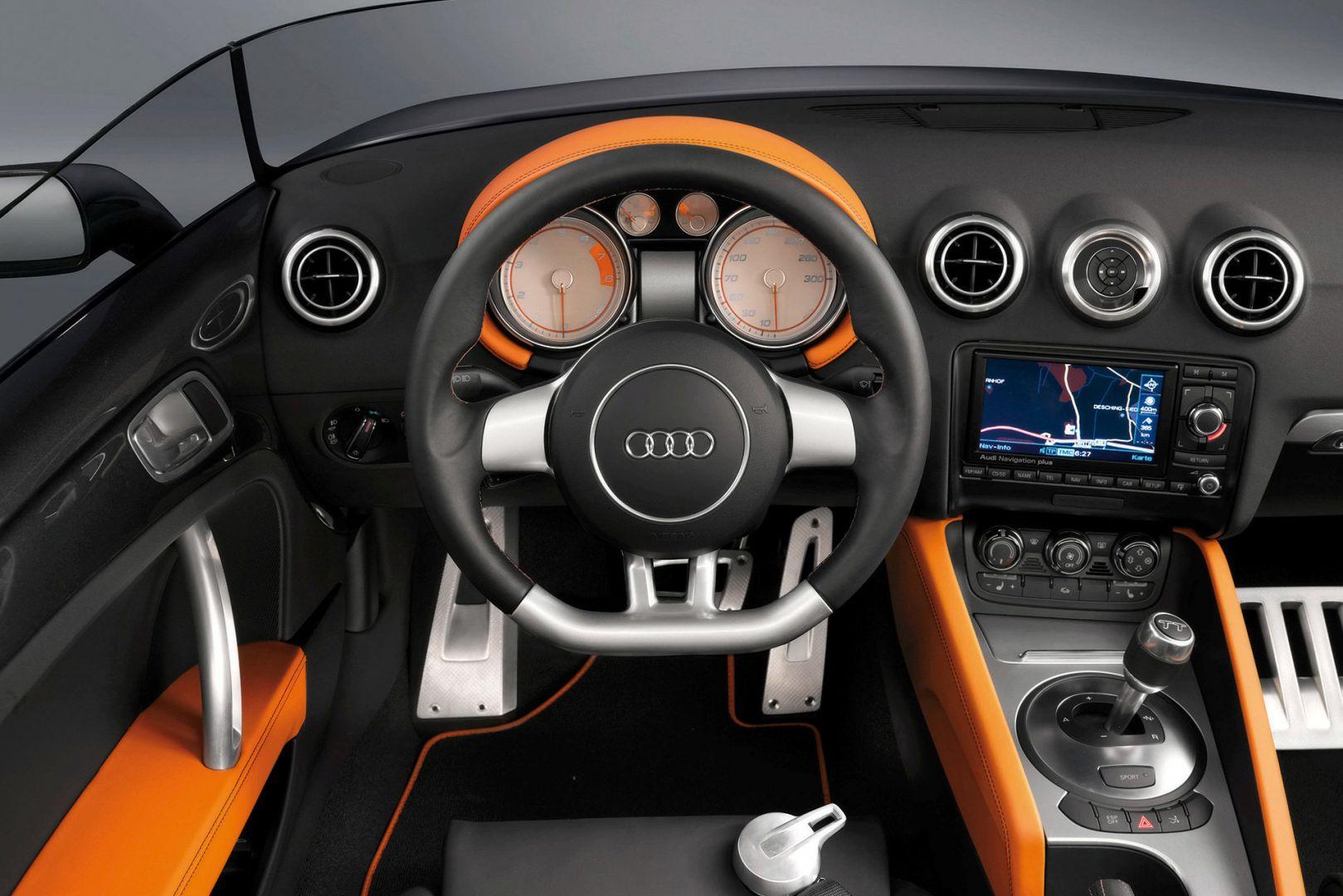 Int rieur audi r8 du luxe dans la moindre finition for Interieur voiture de luxe