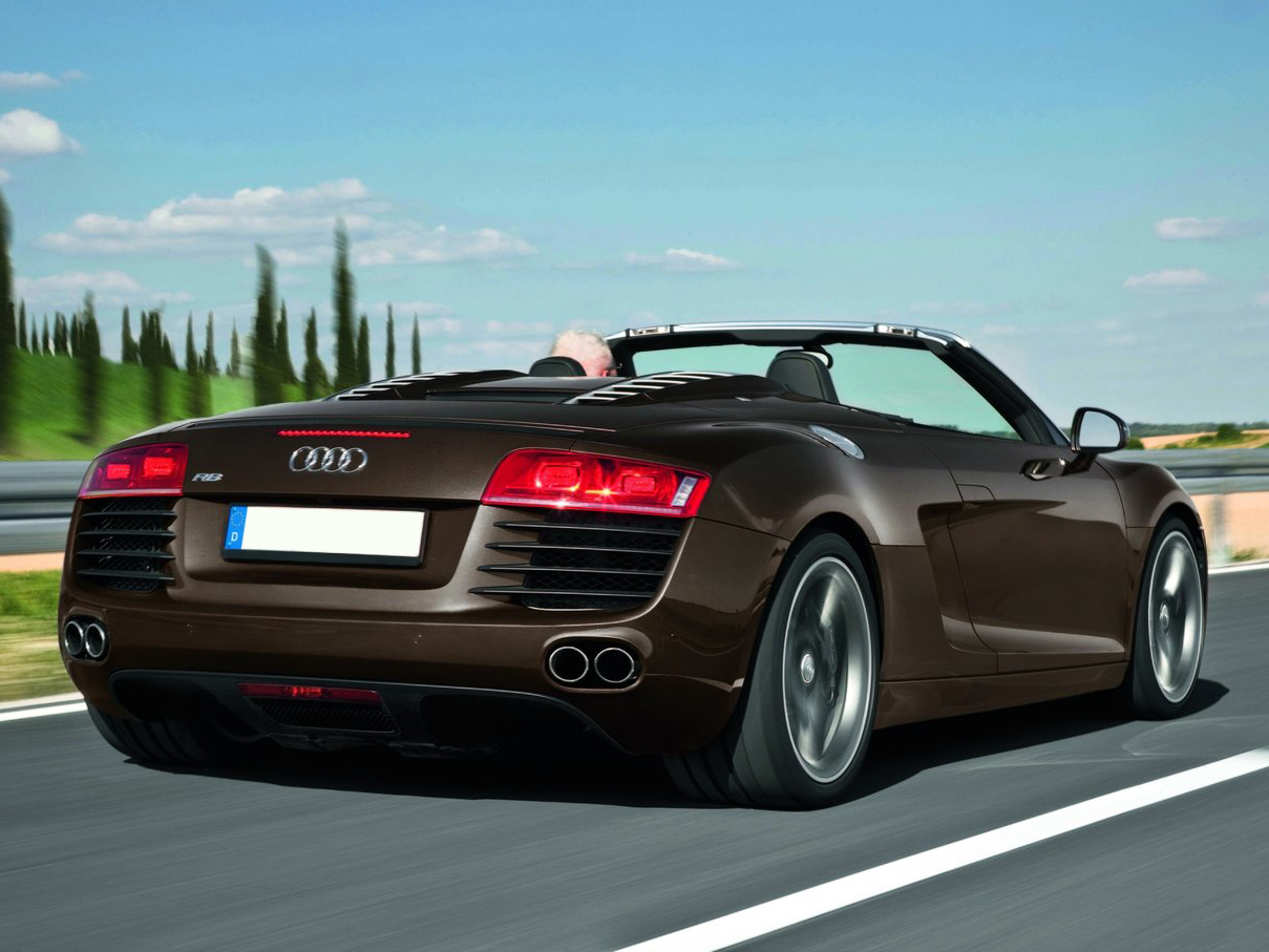 audi r8 spyder 2015 le cabriloet allemand qui d coiffe. Black Bedroom Furniture Sets. Home Design Ideas