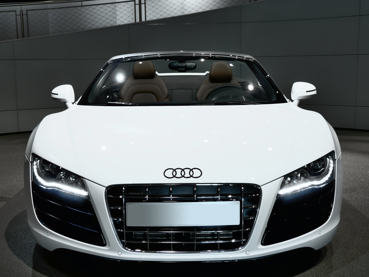 audi r8 spyder 2015 le cabriloet allemand qui d coiffe voiture neuve et d 39 occasion de luxe. Black Bedroom Furniture Sets. Home Design Ideas