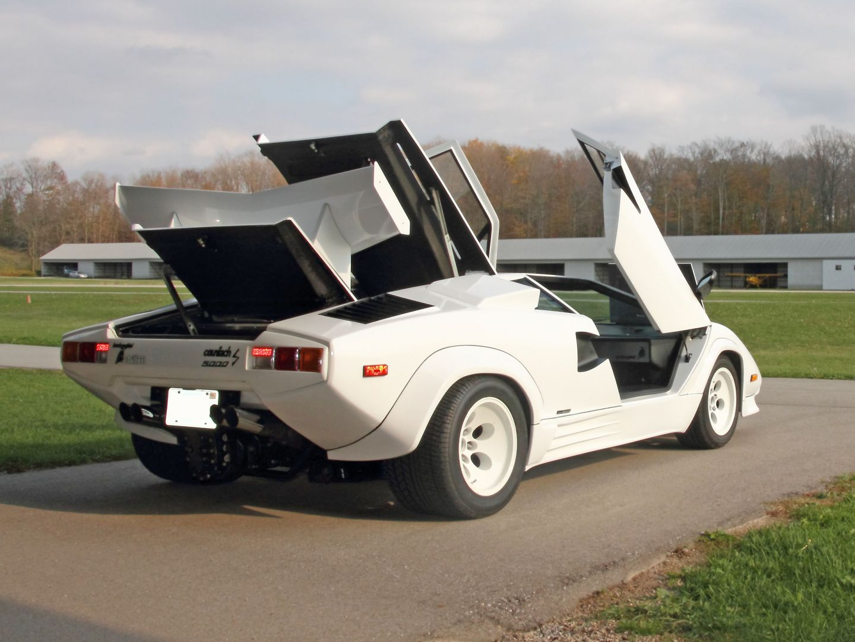Supercar Pour Amateurs De Belles Voitures Lamborghini Countach