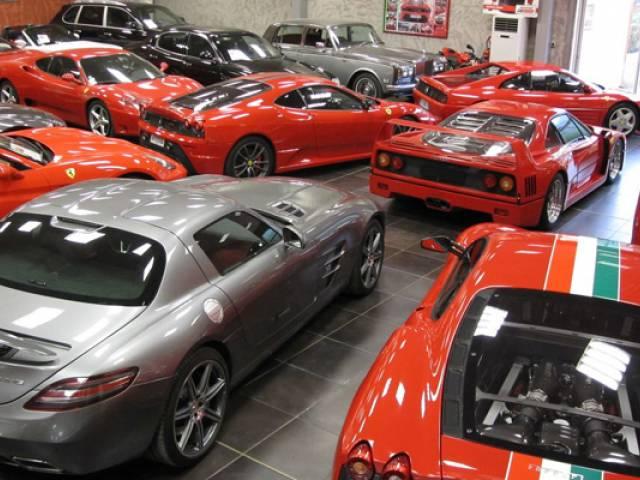 Mandataire ferrari d 39 occasion garantie marseille avon for Garantie voiture occasion garage